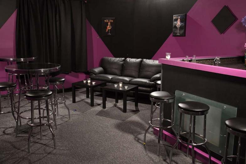 Jordan Studios 002