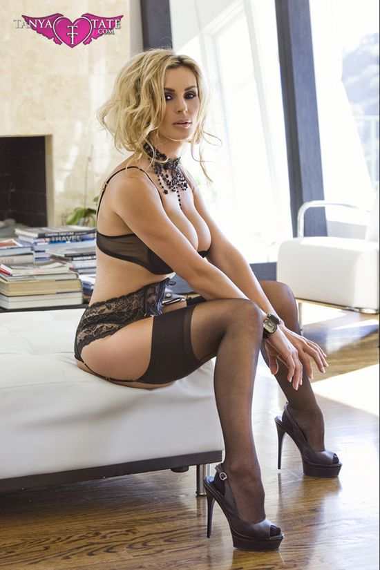 Tanya_Tate_Black_Lingerie_Stockings