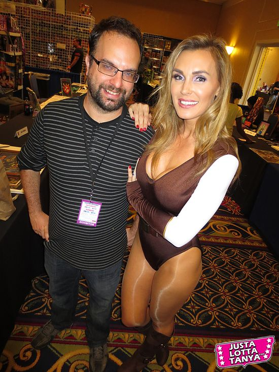 Tanya Tate, JustaLottaTanya.com, @TanyaTate, Power-Con, Fangirl, Convention, Expo, He-Man, She-Ra, Masters of the Universe, September 22nd, September 23rd, Torrance Marriott, Cosplay, Princess Adora, Princess of Power, MOTU, POP, Tim Seeley, Hack/Slash