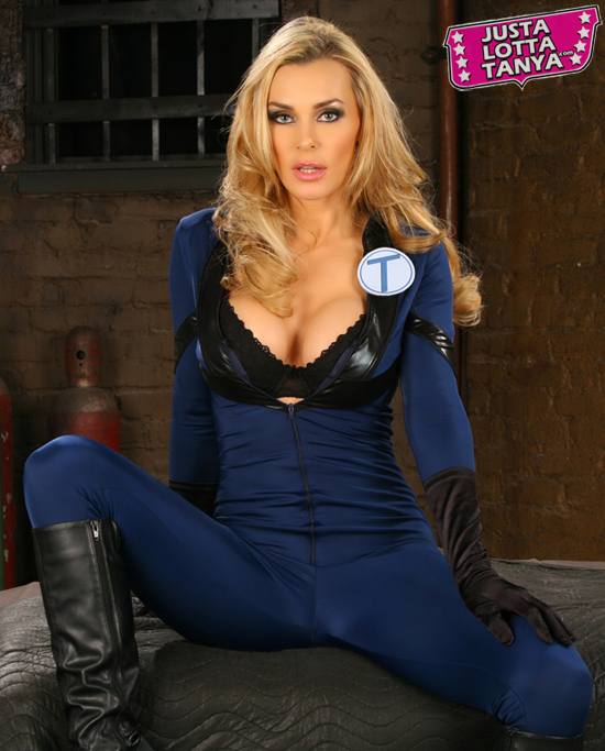 Tanya Tate™, Cosplay Queen Tanya Tate, Tanya Tate, Cosplay, GMX, Geek Media Expo, Tanya Tate Geek Media Expo, Tanya Tate My Life in Costume, Tanya Tate YouTube, Tanya Tate Twitter, British Adult Actress, Publicity, Sexy Geek Girl, Nerd, Con, Comic Con, Geek, Superhero, Appearance, Meet Tanya Tate, Nashville