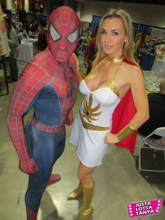 Tanya Tate, @TanyaTate, JLT, JustLottaTanya, She-ra, Long Beach Comic Con, LBCC, Sexy Cosplay, Fangirl, Sexy Geek Girl, Princess of Power, Appearance, Girl, Woman, Cosplay, Fun, Image, Picture, Superhero, Spider-man, Marvel, Marvel Comics