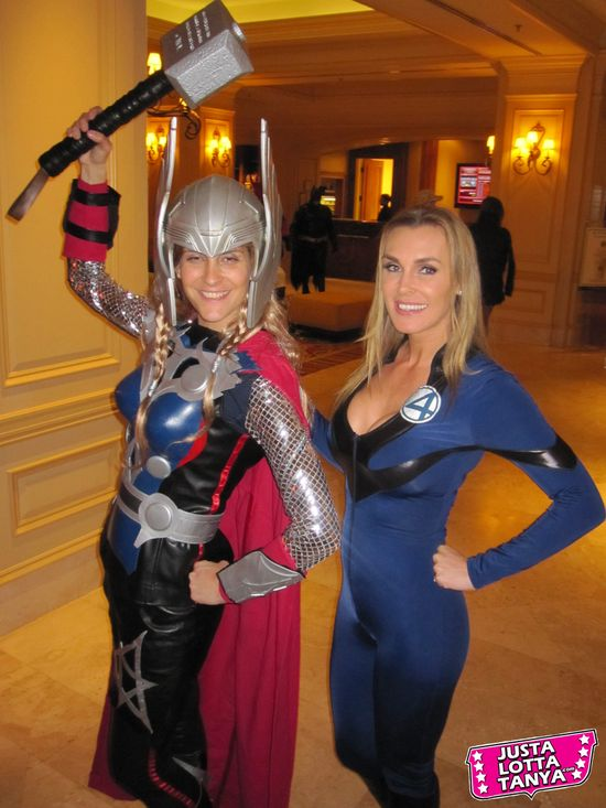 Tanya Tate, Geek Media Expo, GMX, @TanyaTate, JustalottaTanya, Cosplay, Fantastic Four, F4, Susan Storm, Invisible Woman, Sexy Cosplay, Nashville, Entertainment, Fangirl, Sexy Geek Girl, Marvel Comics, Appearance, Girl, Woman, Cosplay, Fun, Image, Picture, Superhero, Thor, Avengers