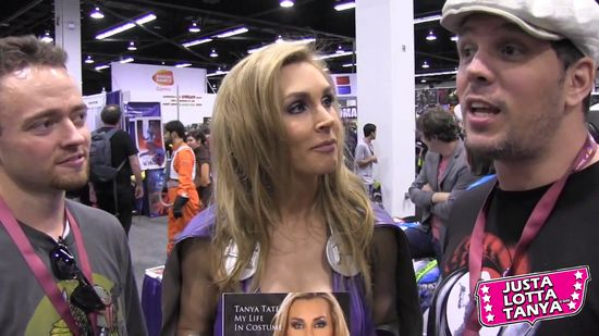 Tanya Tate, Youtube, @tanyatate, Video, Wondercon, Cosplay, Custom, Sexy Superhero, Comic Con, Geek, Fangirl, Nerd, Hot, Hottie, Schmoes Know, Podcast