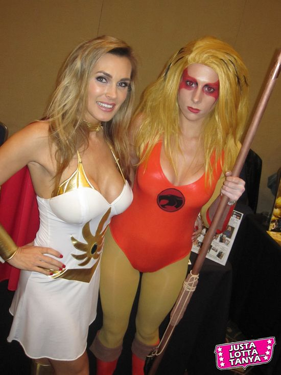Tanya Tate, JustaLottaTanya.com, @TanyaTate, Power-Con, Fangirl, Convention, Expo, He-Man, She-Ra, Masters of the Universe, September 22nd, September 23rd, Torrance Marriott, Cosplay, Princess Adora, Princess of Power, MOTU, POP, Cheetara, Constantine, Thundercats