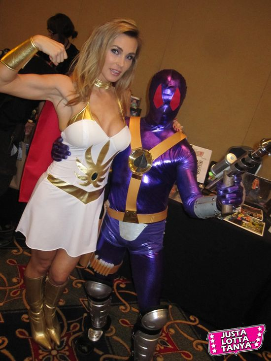 Tanya Tate, JustaLottaTanya.com, @TanyaTate, Power-Con, Fangirl, Convention, Expo, He-Man, She-Ra, Masters of the Universe, September 22nd, September 23rd, Torrance Marriott, Cosplay, Princess Adora, Princess of Power, MOTU, POP, the Mighty Spector