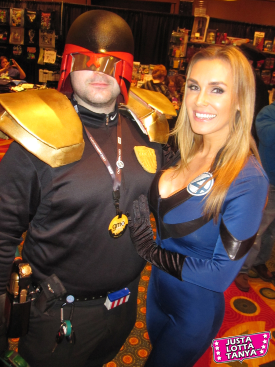 Tanya Tate, Geek Media Expo, GMX, @TanyaTate, JustalottaTanya, Cosplay, Fantastic Four, F4, Susan Storm, Invisible Woman, Sexy Cosplay, Nashville, Entertainment, Fangirl, Sexy Geek Girl, Marvel Comics, Appearance, Girl, Woman, Cosplay, Fun, Image, Picture, Superhero, Judge Dredd