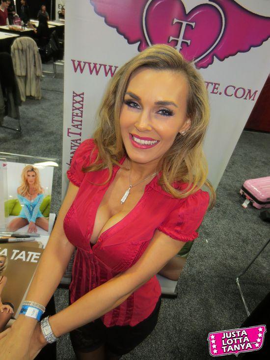 Tanya Tate, JustaLottaTanya, @TanyaTate, Fangirl, Signing, Appearance, Sexy, Geek Girl, New Jersey, Pretty, Woman