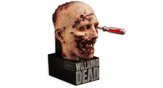 The Walking Dead, TWD, Season 3, S3, Limited, Collector's Edition, Blu-ray, AMC, Zombies, Horror, August 27th, Home Media, Box Set, Fish Tank, The Governor, Walkers