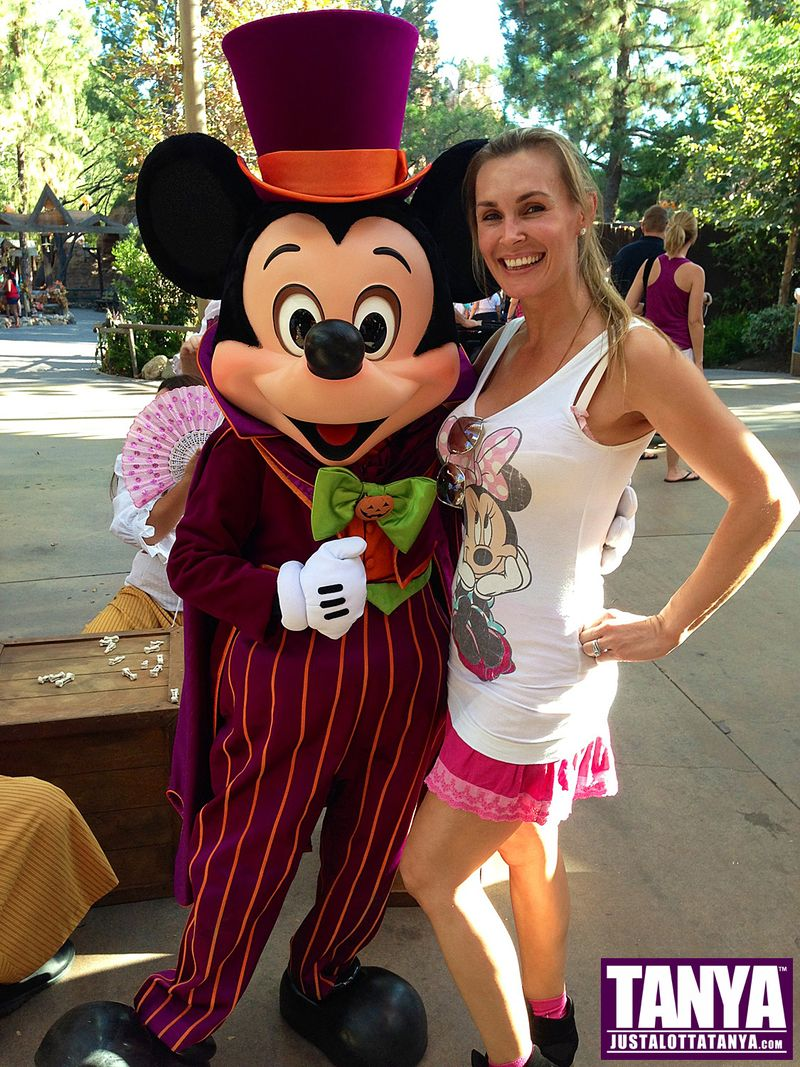 Tanya Tate Disneyland Disney Mickey Mouse Halloween 2013 002