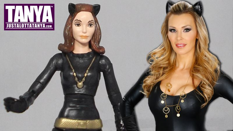 TANYA TATE VIDEO CARD CATWOMAN Action Figure