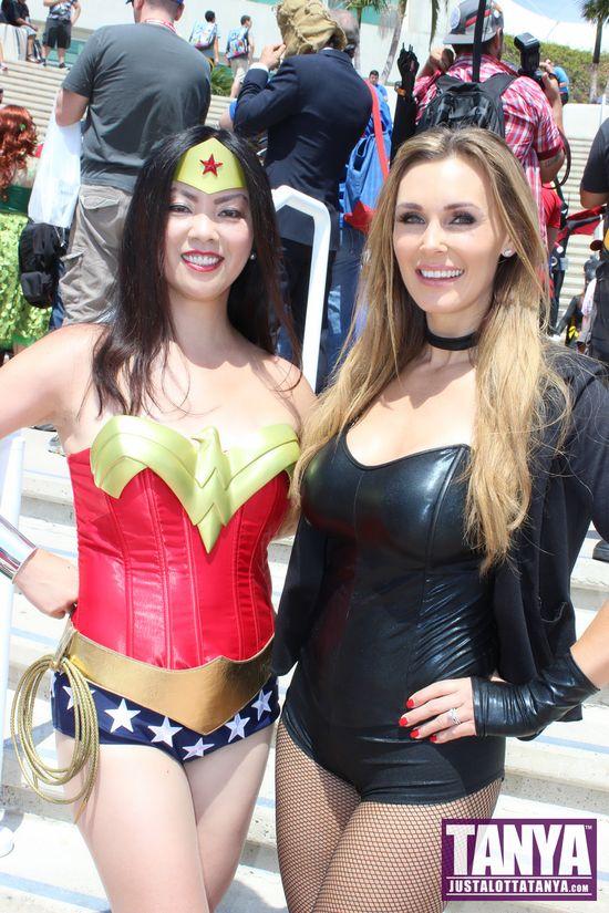 Tanya Tate San Diego Comic Con 2014 Black Canary Cosplay SDCC 009