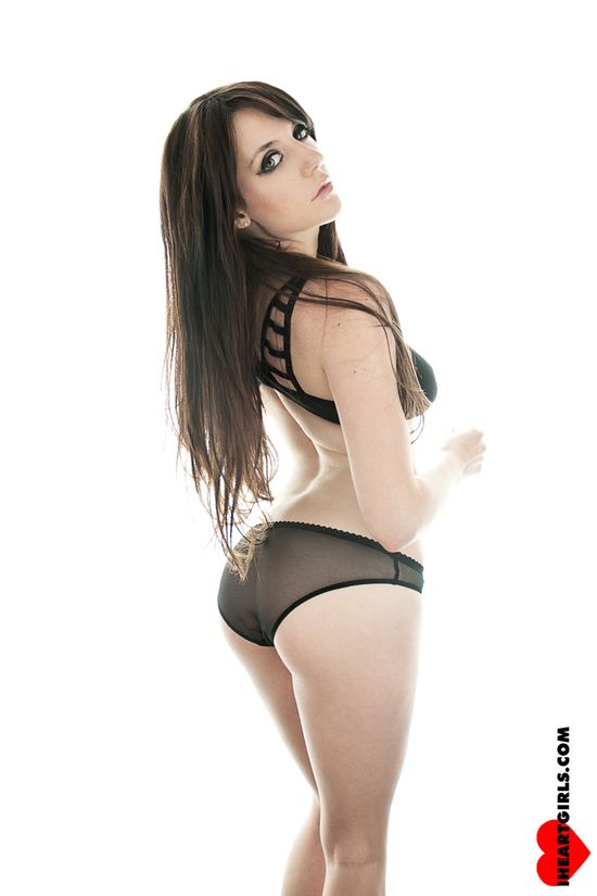 Samantha_bentley_0243