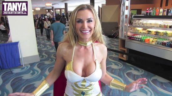 Tanya Tate, @TanyaTate, Cosplay, She-Ra, Long Beach Comic Con, LBCC, Sexy Geek Girl, Fandom, Video, Entertainment, Expo