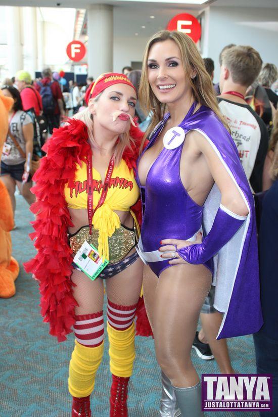 Tanya Tate San Diego Comic Con 2014 Lady Titan Cosplay SDCC Hulk Hogan