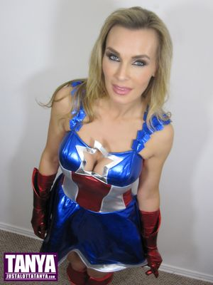 Tanya Tate, Captain America, Cosplay, Marvel, Superhero, Captain America: The Winter Soldier, Marvel Comics, Sexy Geek Girl, Entertainment, Avengers, Costume, @TanyaTate