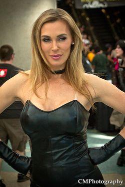 Tanya Tate Black Canary Cosplay Comikze 2012 03