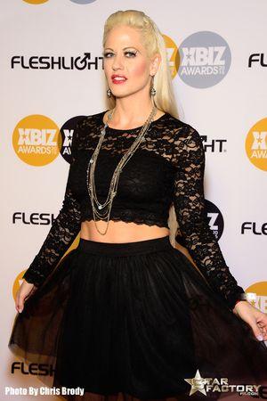 Holly-Heart-Xbiz-Awards-2015-003