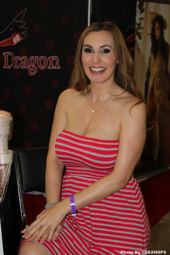 TanyaTate-2017-EXXXOTICA-Chicago-SeanDPS-WEBSIZE-6