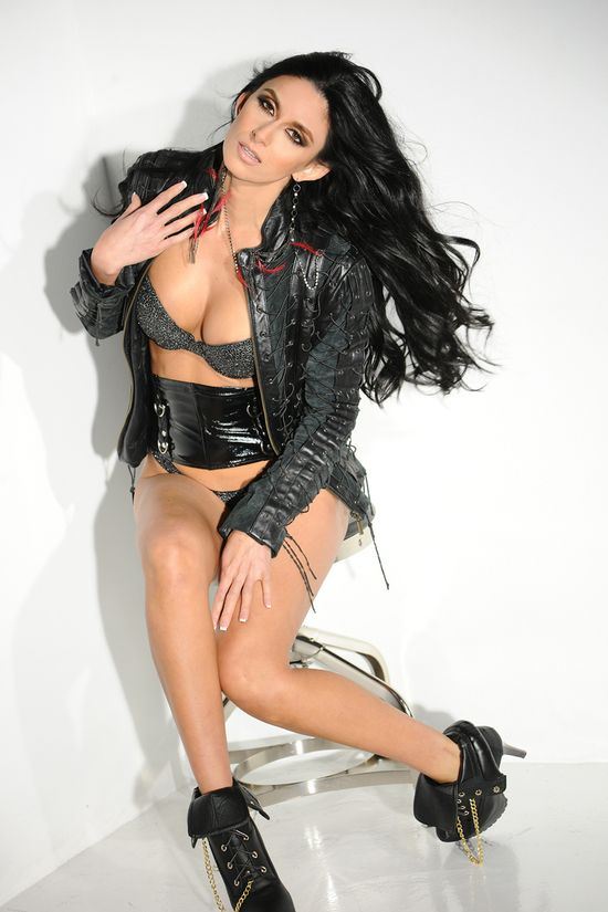 Nikki_Daniels_Leather_Jacket_08