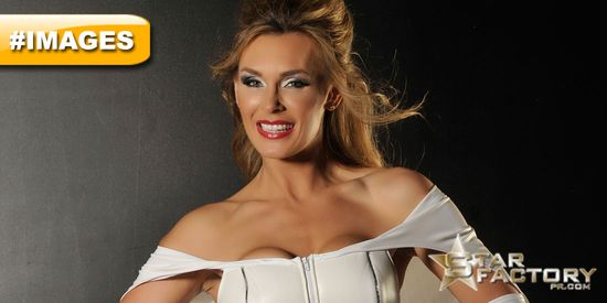 Tanya-Tate-Cosplay-Emma-Frost-Sexy