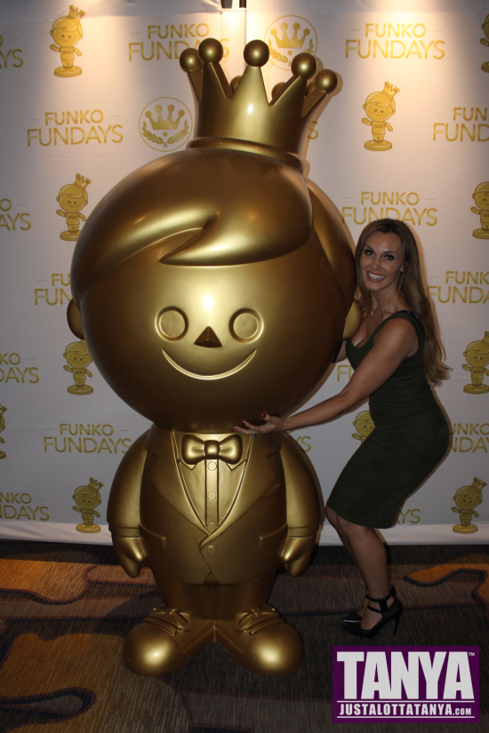 2016-Tanya-Tate-Funko-Fundays-SDCC-Comic-Con-Pop-Vinyls-000
