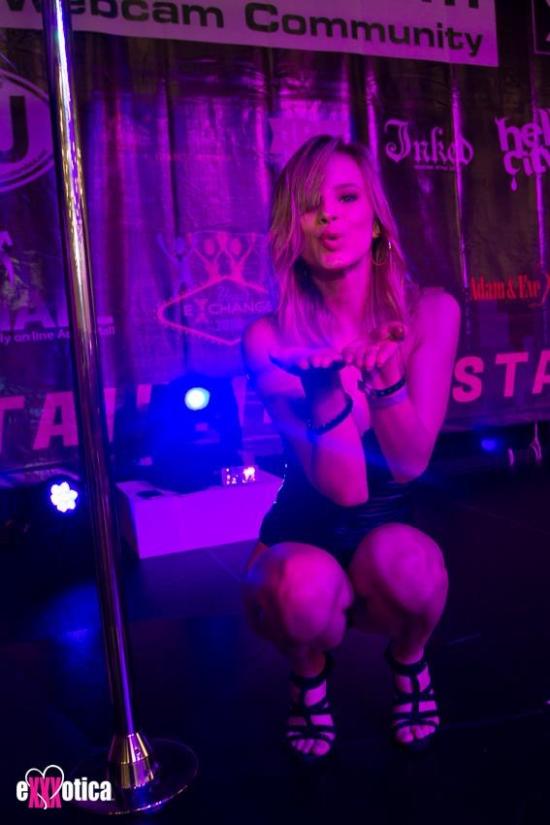 2016-EXXXOTICA-Columbus-Jillian-Janson-000