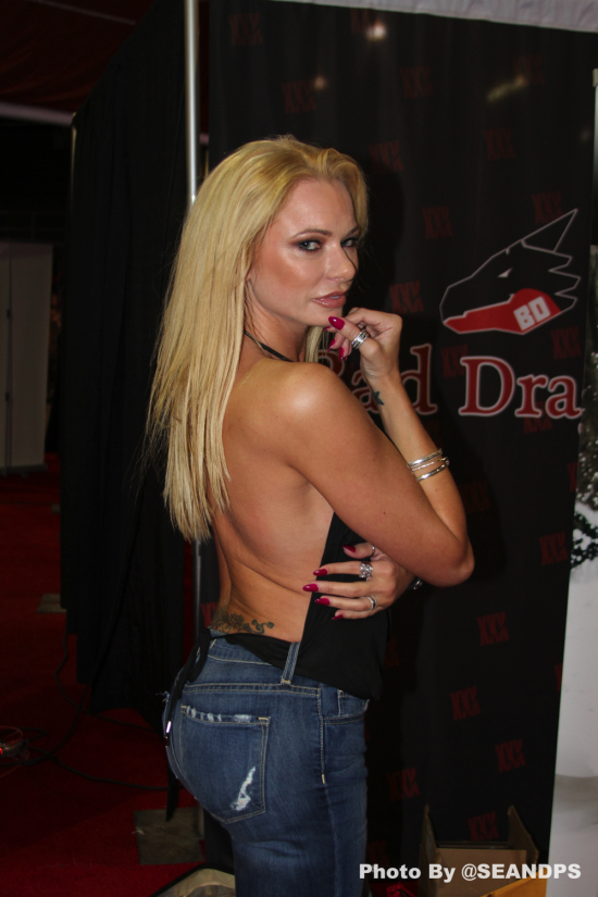 BrianaBanks-2017-EXXXOTICA-Chicago-SeanDPS-WEBSIZE-7