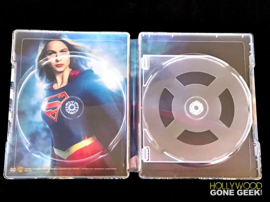 2017-08-BLURAY-Supergirl-Season2-Steelbook-BestBuy-Exclusive-MelissaBenoist-07