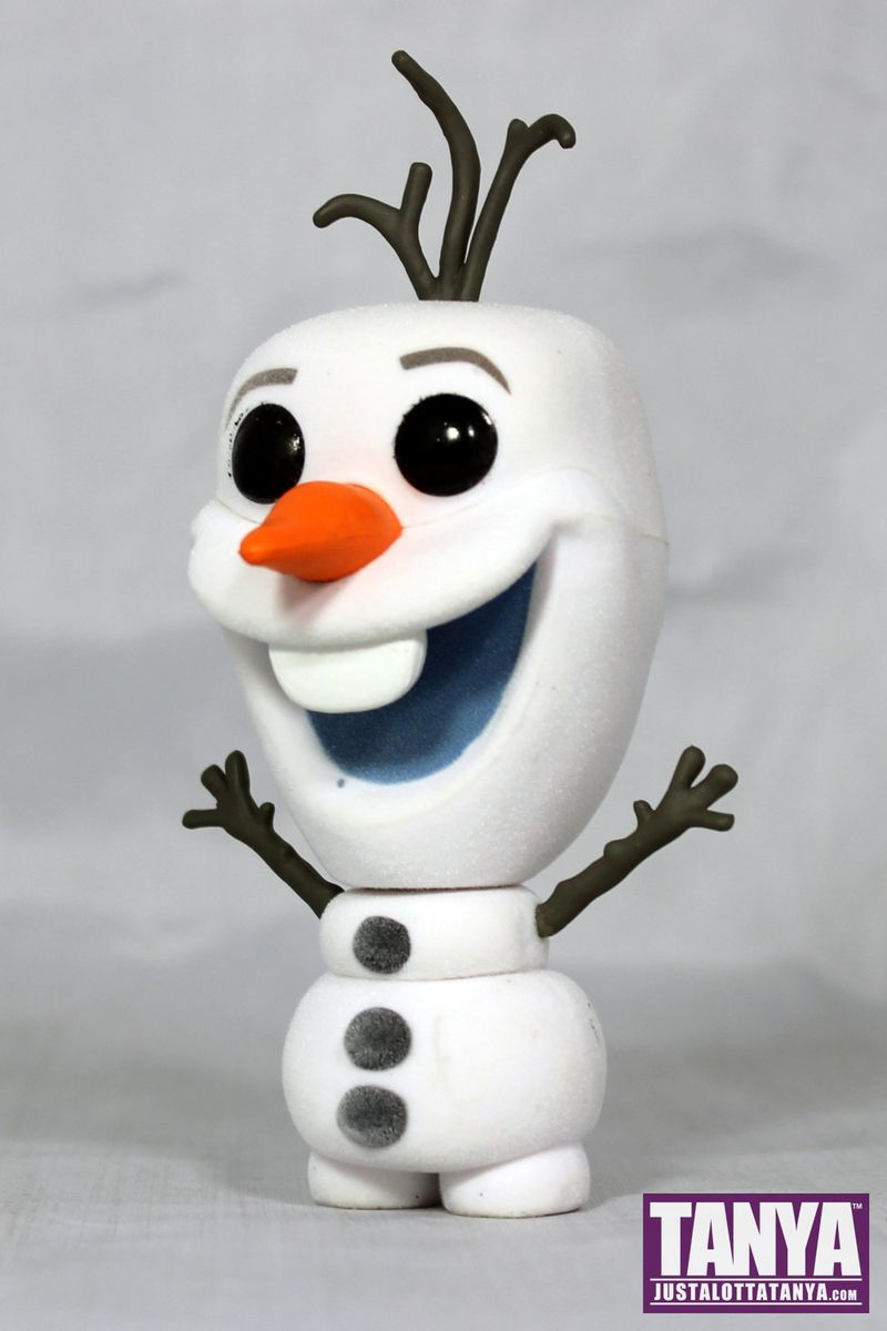 FUNKO POP Flocked Olaf Frozen Disney Review Exclusive Toy Tokyo NYCC 004