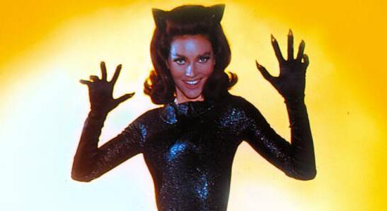 Hollywood-Gone-Geek-Catwoman-Lee-Meriwether