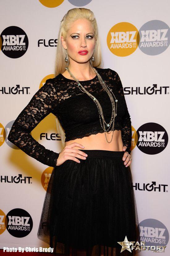 Holly-Heart-Xbiz-Awards-2015-009