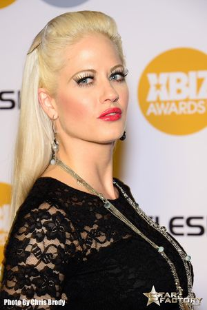 Holly-Heart-Xbiz-Awards-2015-010