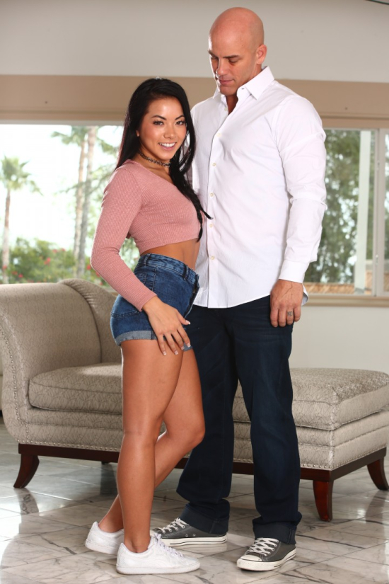 2016-DerrickPierce-asian-stepdaughters_morgan-lee-3337