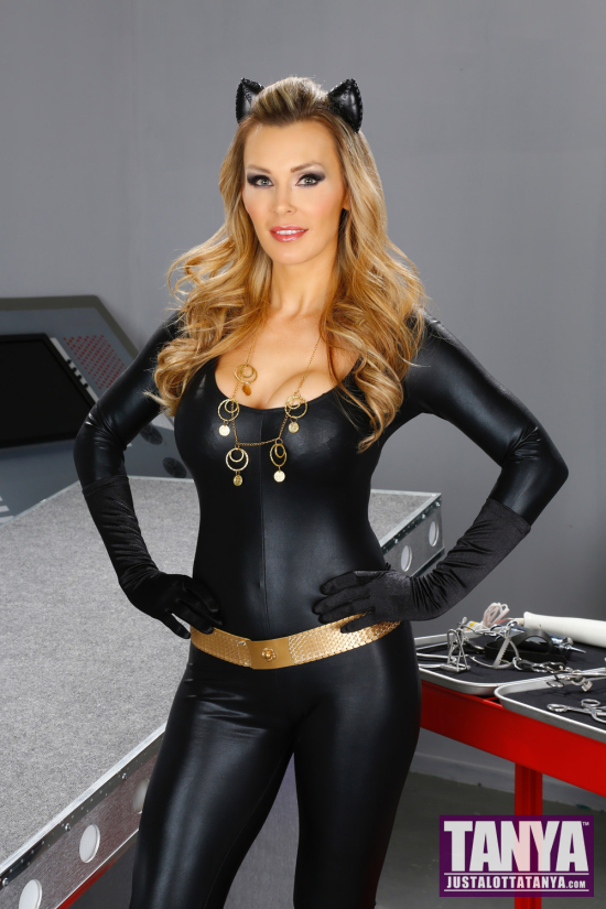 TanyaTate_Cosplay_Catwoman