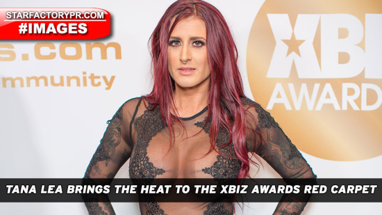 TanaLea-2019-XBIZAwards-RedCarpet