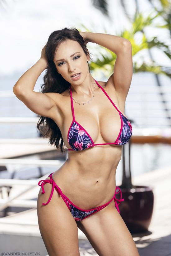 LexiLuna-2019-Promo-Miami-HIRES-07